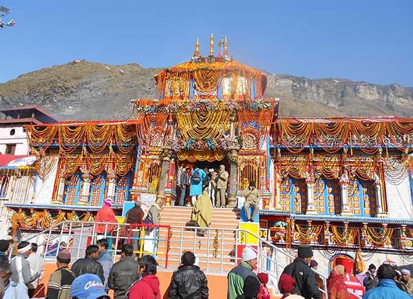 Char Dham Car Rental Services in Uttarakhand